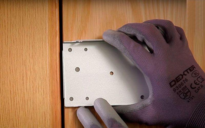 instalar cerradura electronica colocar placas